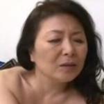 還暦六十路の母と息子の近親相姦動画