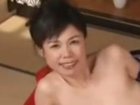 一度膣内射精しただけでは治まらない巨乳の五十路熟女の魅力