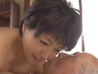 義父と嫁が愛し合う 五十路熟女とのセックスで久しぶりに射精