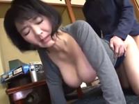 50代の巨乳のおばさんにセックスのやり方を教えてもらう学生