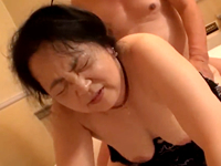 ぶよぶよに熟したパイパンに中出し!普通のおばちゃんが一年ぶりのセックス