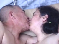 高齢の爺婆にセックスさせてみた…60代後半の老夫婦が全裸で性欲を満たすリアル熟年性交