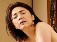 酔った勢いで義母を襲って経産婦の子宮口をペニスで突きまくってみた