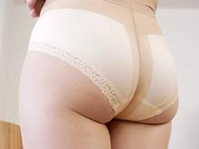 パンスト熟女の豊満なお尻と蒸れた恥部を味わう中出しセックス