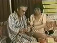 還暦夫婦の性生活!60代でもラブホでセックスしてる動画