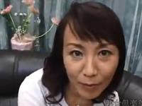 兄や弟と近親相姦したことがあるという51歳の素人美熟女