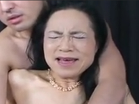 久しぶりの快感に喘ぐおばあちゃんのご無沙汰セックス
