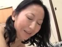 五十路熟女の膣内に射精 お淑やかなおばさんのエロい性行為