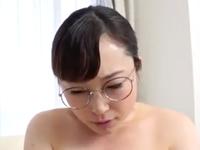 地味な独身の三十路熟女がAVに出演して巨乳を弾ませ中出しされる