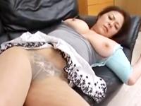 下半身がエロい豊満な熟女が重量感たっぷりの乳房と巨尻を弾ませる中出し濃厚セックス
