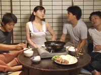 おばさんと若者三人の同居生活 年の差を越えて暴走する性欲旺盛な下半身