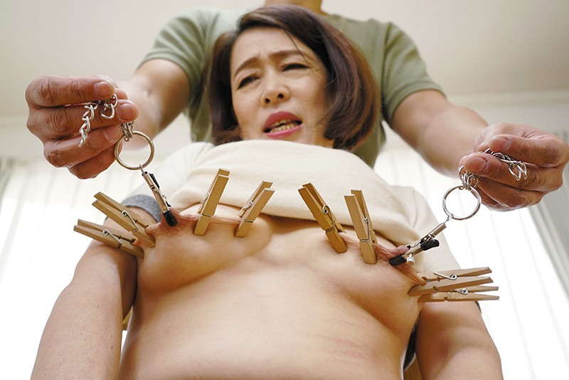 還暦の乳首1