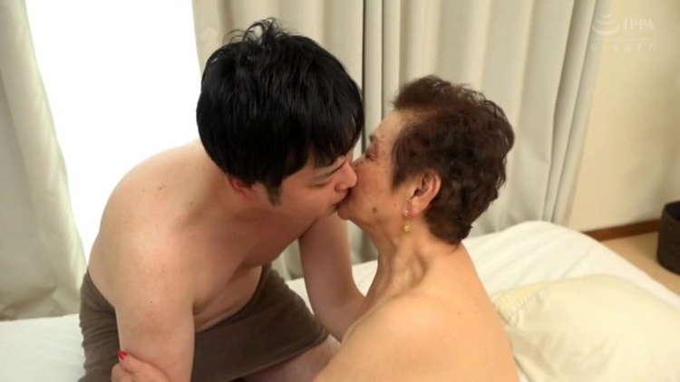 世界最高齢のAV女優2