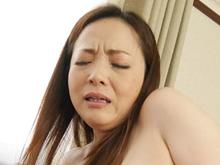 【無修正】先輩の奥さん(40代)を寝取りたい…若い巨根で濡れる膣