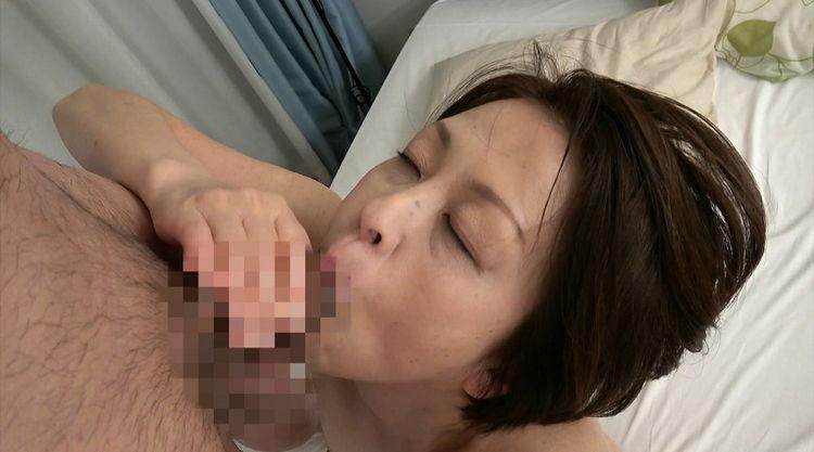 家政婦のおばあさんとセックス…12
