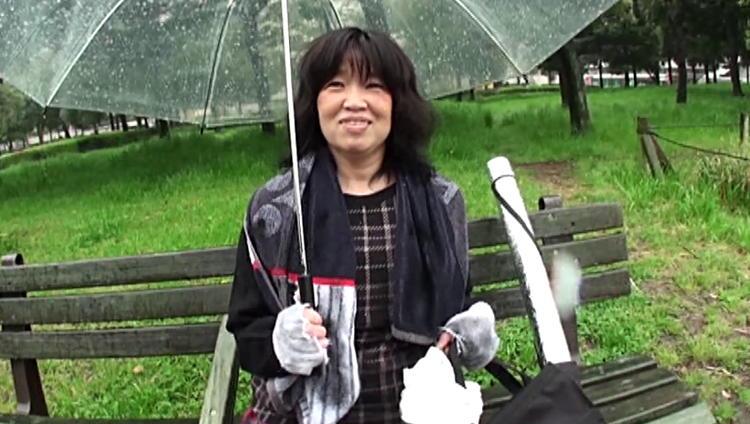 ホームレスのおばさんとセックス…6