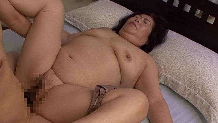 ホームレスのおばさんとセックス…14