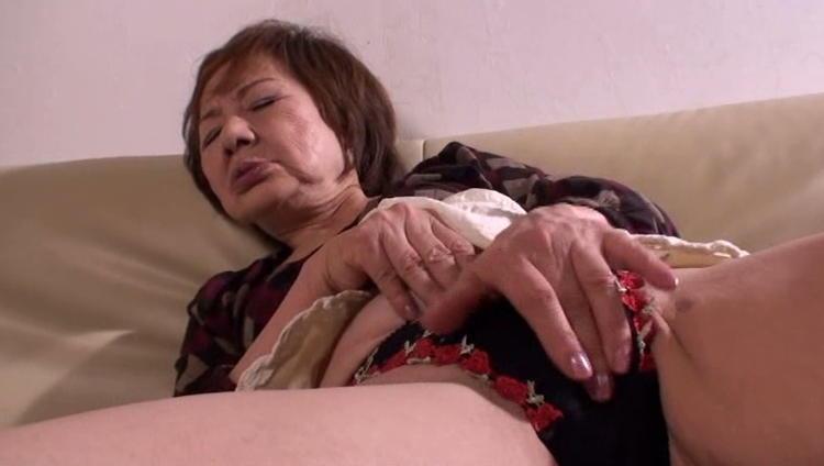 70歳のおばあさんとセックス…8