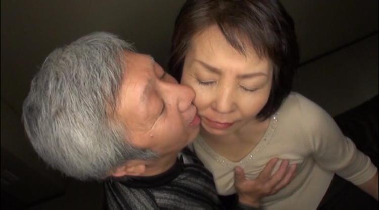 祖母の性生活動画…1