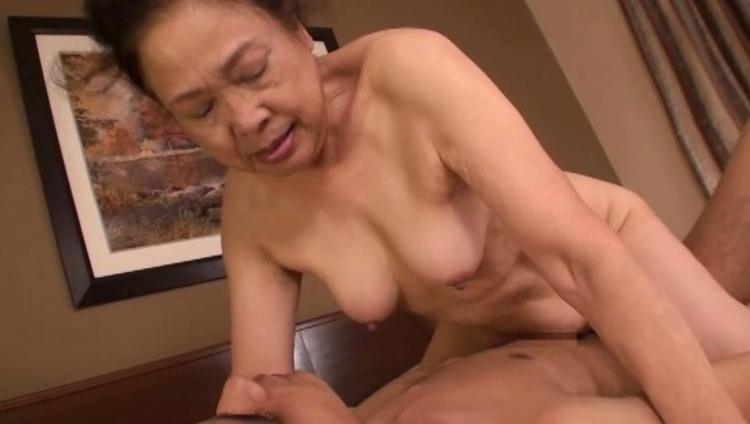 70代のおばあさんの性行為…15